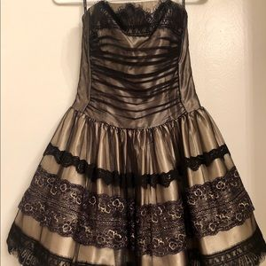 Strapless black and gold dress Jessica McClintock